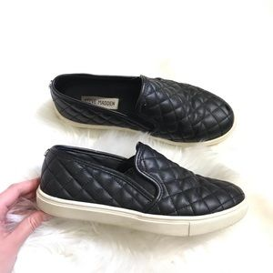 Steve Madden Ecentrcq Black Quilted Slip On Shoes